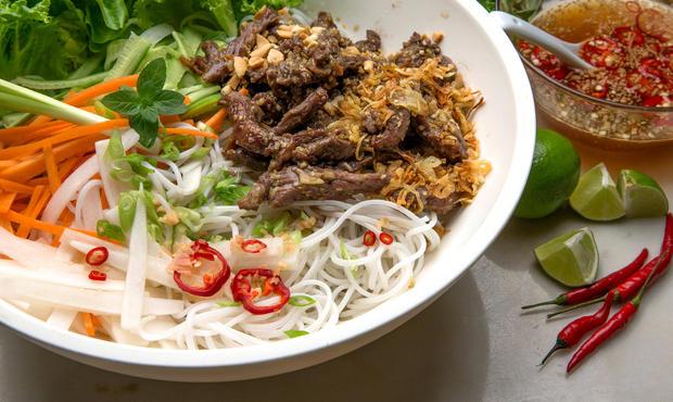Vin Et Cuisine Vietnamienne La Feuille De Vigne
